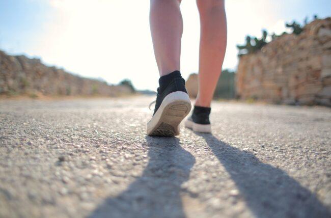 Votre guide pour perdre du poids en marchant